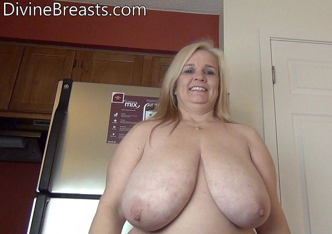 Cami Blond #busty #bbw Hottie see more at https://t.co/8cXAA4OX19 https://t.co/9gBX2v1mmV