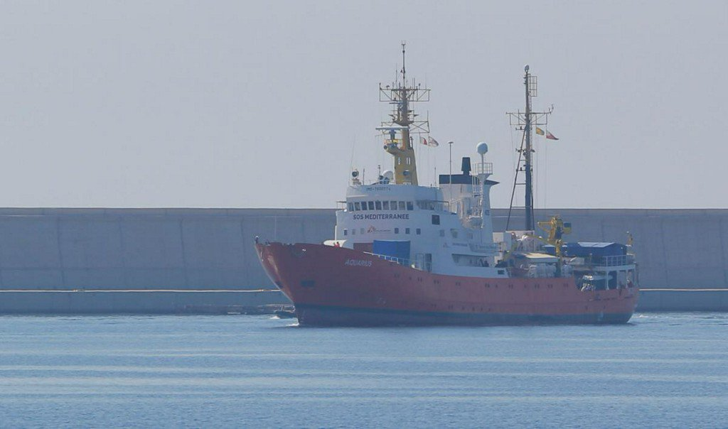 Aquarius migrant rescue ship arrives in Spain https://t.co/4PL65pOdqf https://t.co/tCvsCagsL1