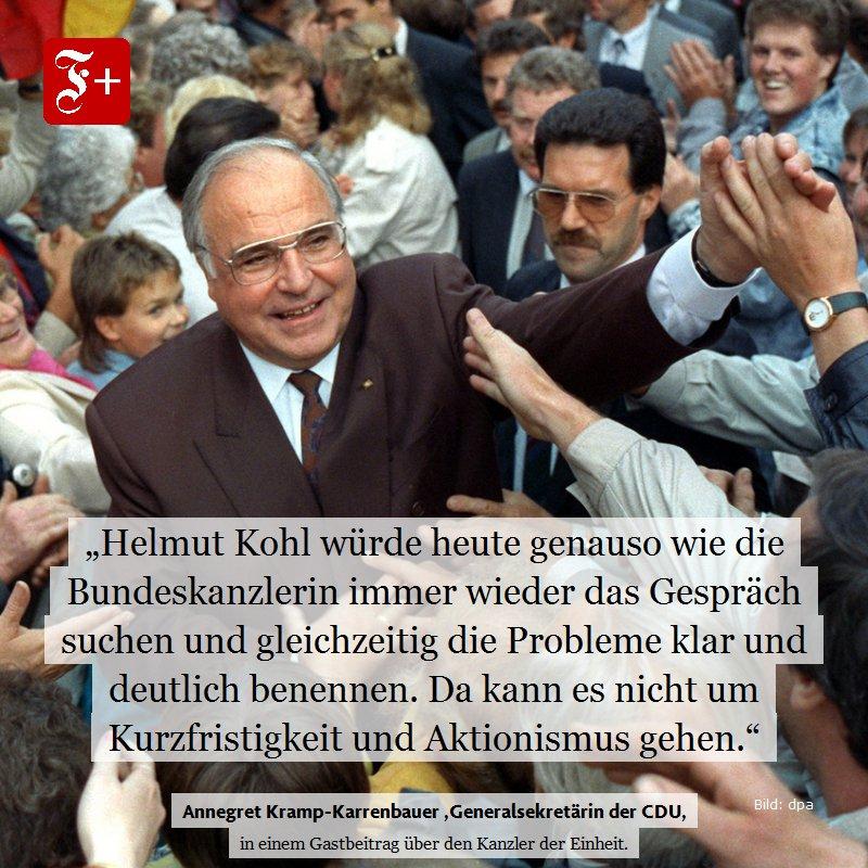 """Helmut #Kohl war nicht nur Kanzler der Einheit, sondern ist auch der einzige Kanzler mit dem Titel """"Ehrenbürger Europas"""". All diese Verdienste waren hart erkämpft – mit Mut, Entschlossenheit – schreibt @_A_K_K_ in einem Gastbeitrag. #FAZplus https://t.co/oIlIy6s4ql"""