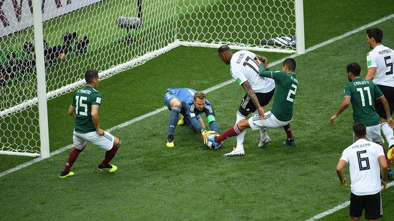 هدف المكسيك الأول أمام ألمانيا