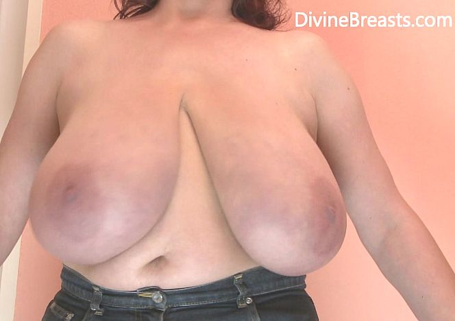 Janet #bigboobs in Your Face see more at https://t.co/CWuuzVzlGO https://t.co/EQFuZywaKn