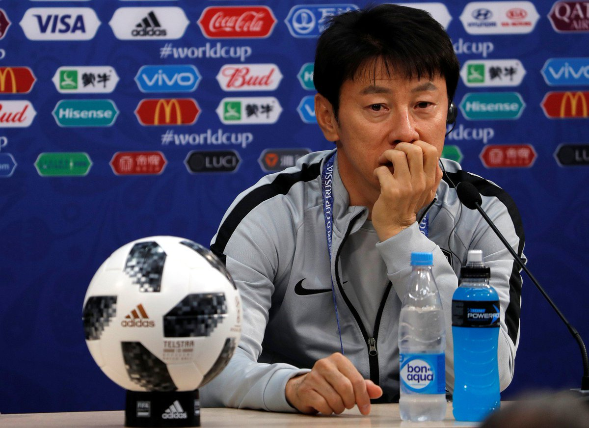 South Koreas manager has admitted that his players have exchanged shirts during training sessions and friendlies in order to mislead the Swedes: We are using this tactic because I know that for Europeans, it is difficult to distinguish Asians [by face].
