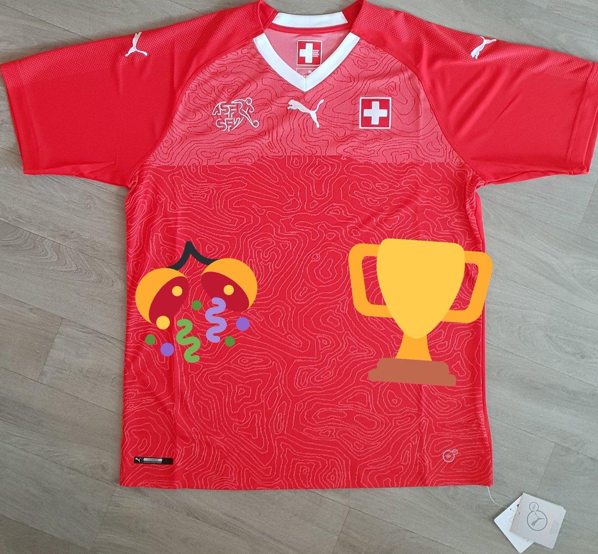 #cestThibaudcestKDO A loccasion de #BRA #SUI, le maillot de la #Suisse est à gagner. ➡ RT + Follow ⬅️ (taille L) #WorldCup @pumafootball #NewLevels