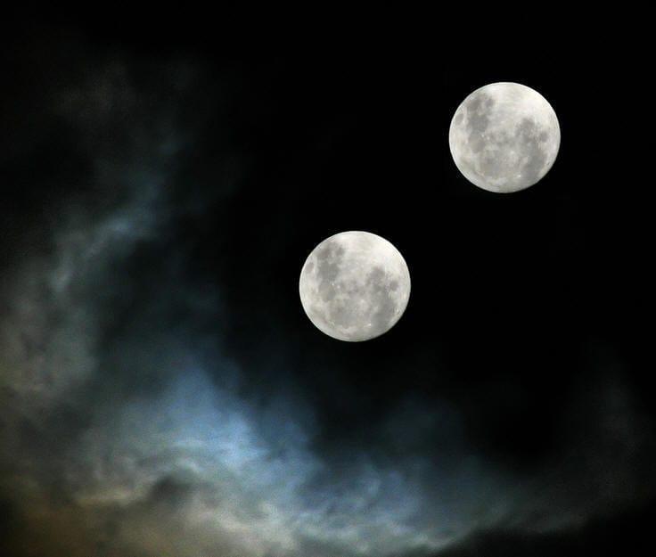 Делают татушку две славные луны севердера дорожными шлюхами онлайн