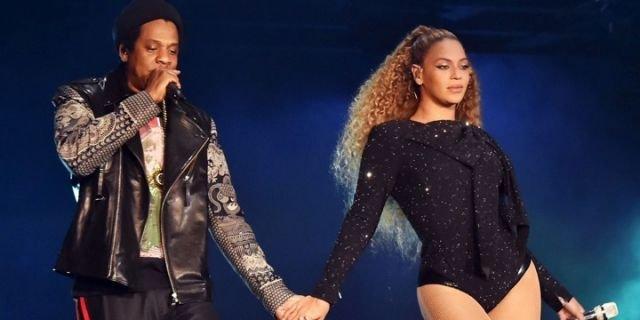 #Beyonce e #JayZ a sorpresa il nuovo disco \
