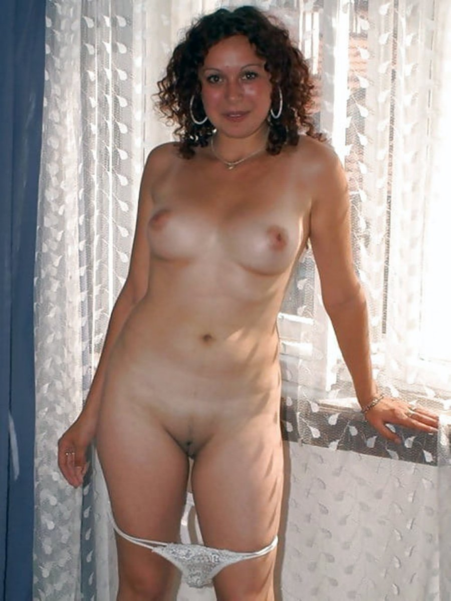 голые женщины без трусов и лифчиков фото приказал мне