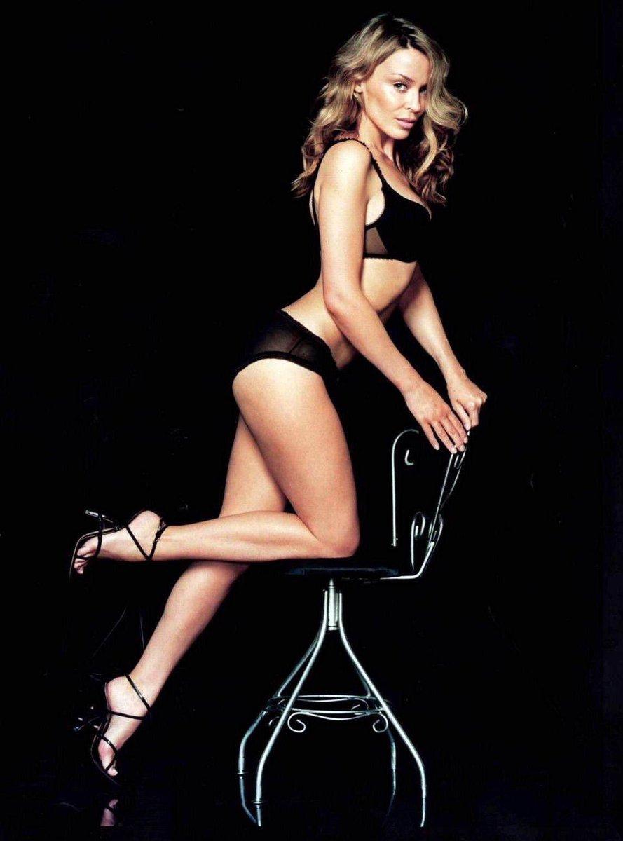Australia vs France, part 1: Kylie Minogue vs Vanessa Paradis, who is hotter? Vote above <br>http://pic.twitter.com/V9yyhaQVGQ