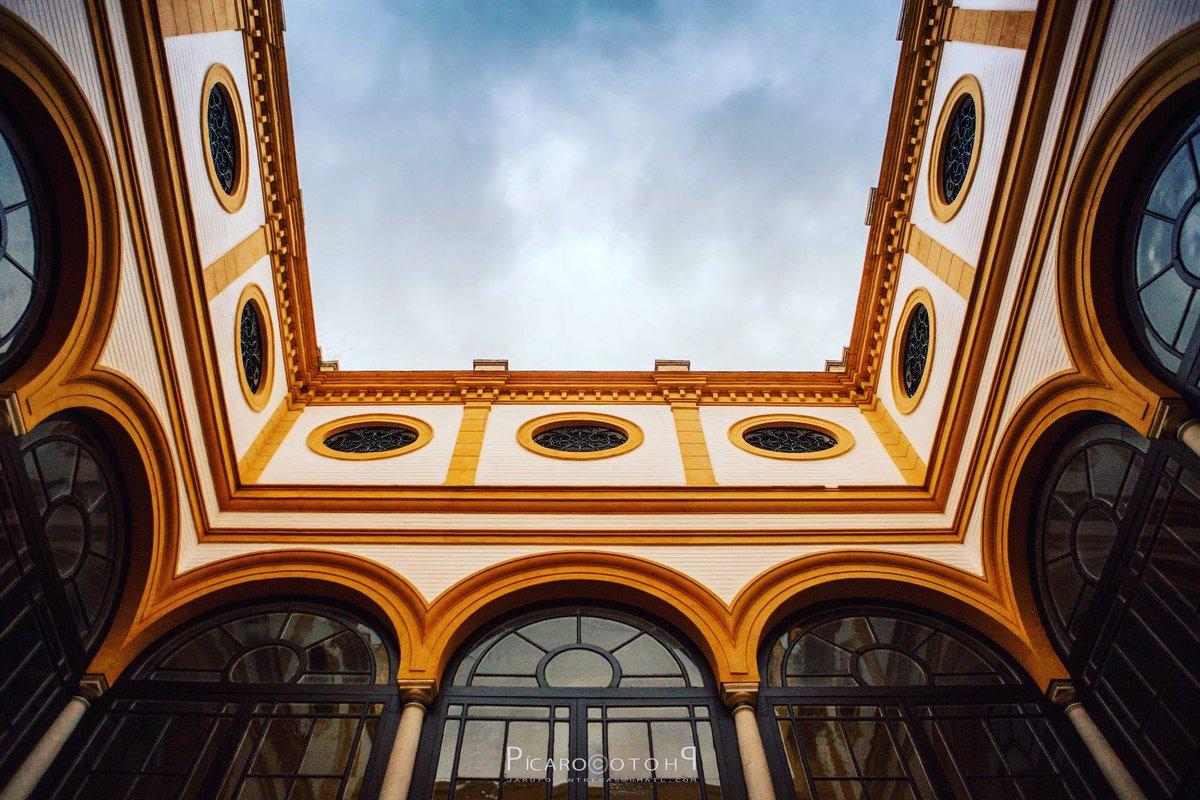 Picaro.photo's photo on Sevilla