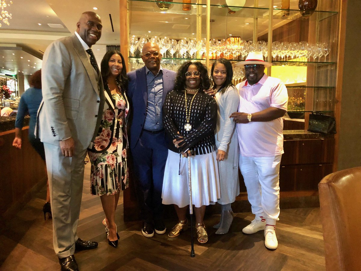Cookie and I had a great Fathers Day brunch at the Four Seasons with our good friends Sam and LaTanya and Cedric and Lorna.