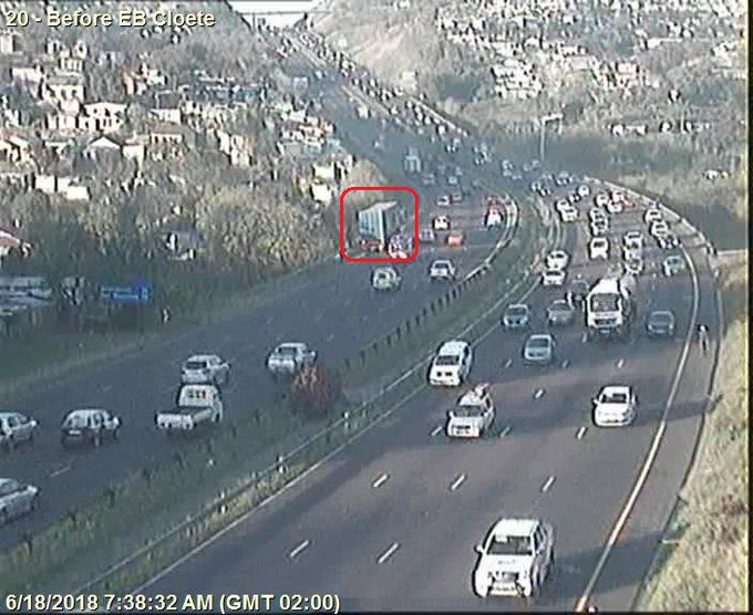 Stationary Truck; N2 Southbound after EB Cloete I/C; Left lane obstructed; Drive carefully. Photo