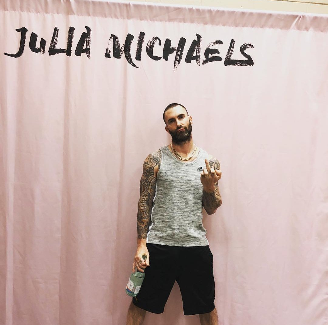I signed up for this @juliamichaels meet and greet and she never showed. What an asshole.