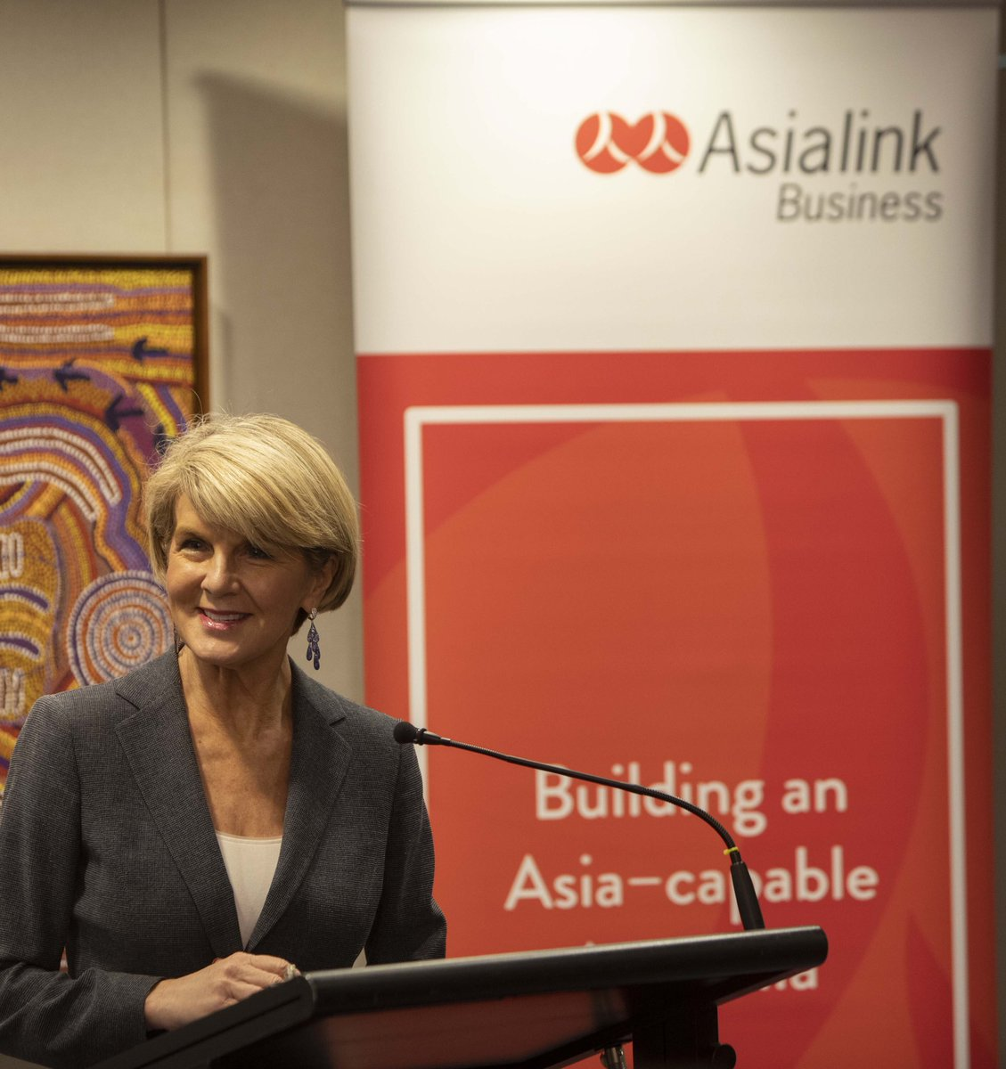 Addressing @_Asialink_ Emerging Leaders event today. We are committed to Indo-Pacific region through increasing people-to-people links with important govt intiatives such as @NewColomboPlan - @Aust_Parliament #auspol #AsialinkLeaders 🌏🇦🇺