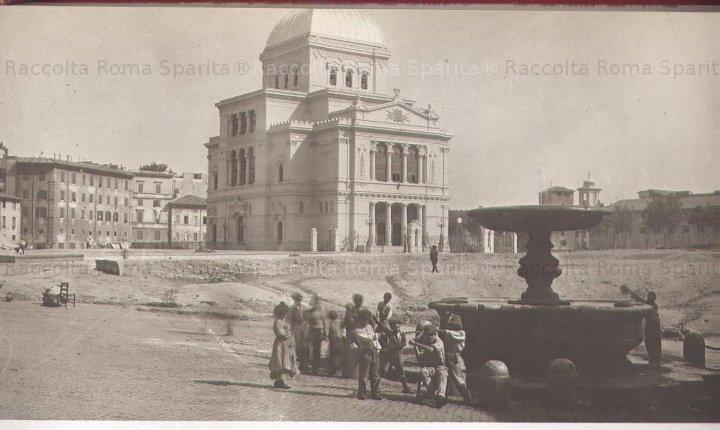 #Roma meravigliosa 1902 #Sinagoga appena costruita e #fontanadelpianto oggi spostata in #piazzadellecinqueScole #ghetto #lagrandebellezza @TrastevereRM @SaiCheARoma