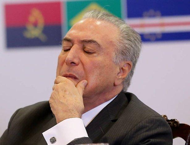 Presidente tem alta rejeição | Josias: Candidatos do MDB ao legislativo omitem Michel Temer https://t.co/uxBhOGPU9f