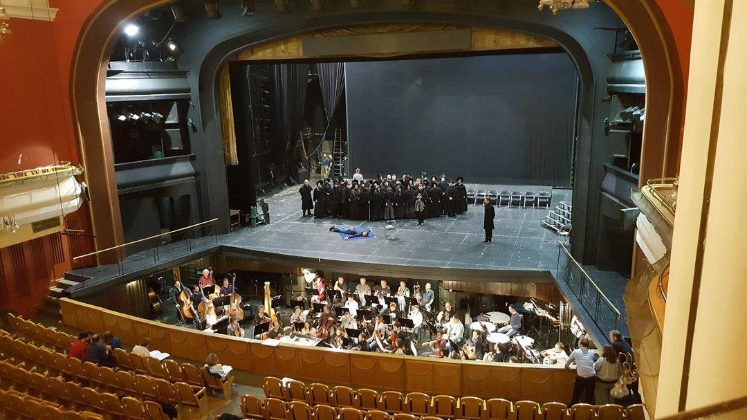 нас будет театр новая опера фото зала солянка