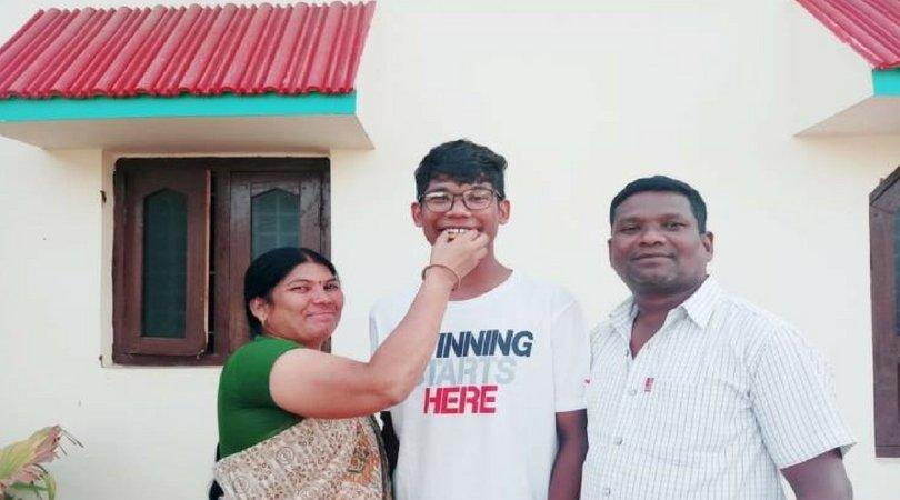 JEE 2018 पास करने वाला तेलंगाना का पहला आदिवासी छात्र है साईं कृष्णा! hindi.thebetterindia.com/?p=5253 @thebetterindia #JEE