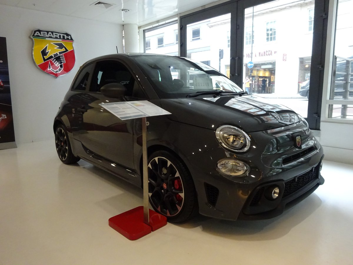 Happy Monday everyone! Start your Monday right by booking a test drive now! Enjoy 180 HP of pure adrenaline with Garrett turbo #Abarth #Turbo https://t.co/k6JwOiKJYQ