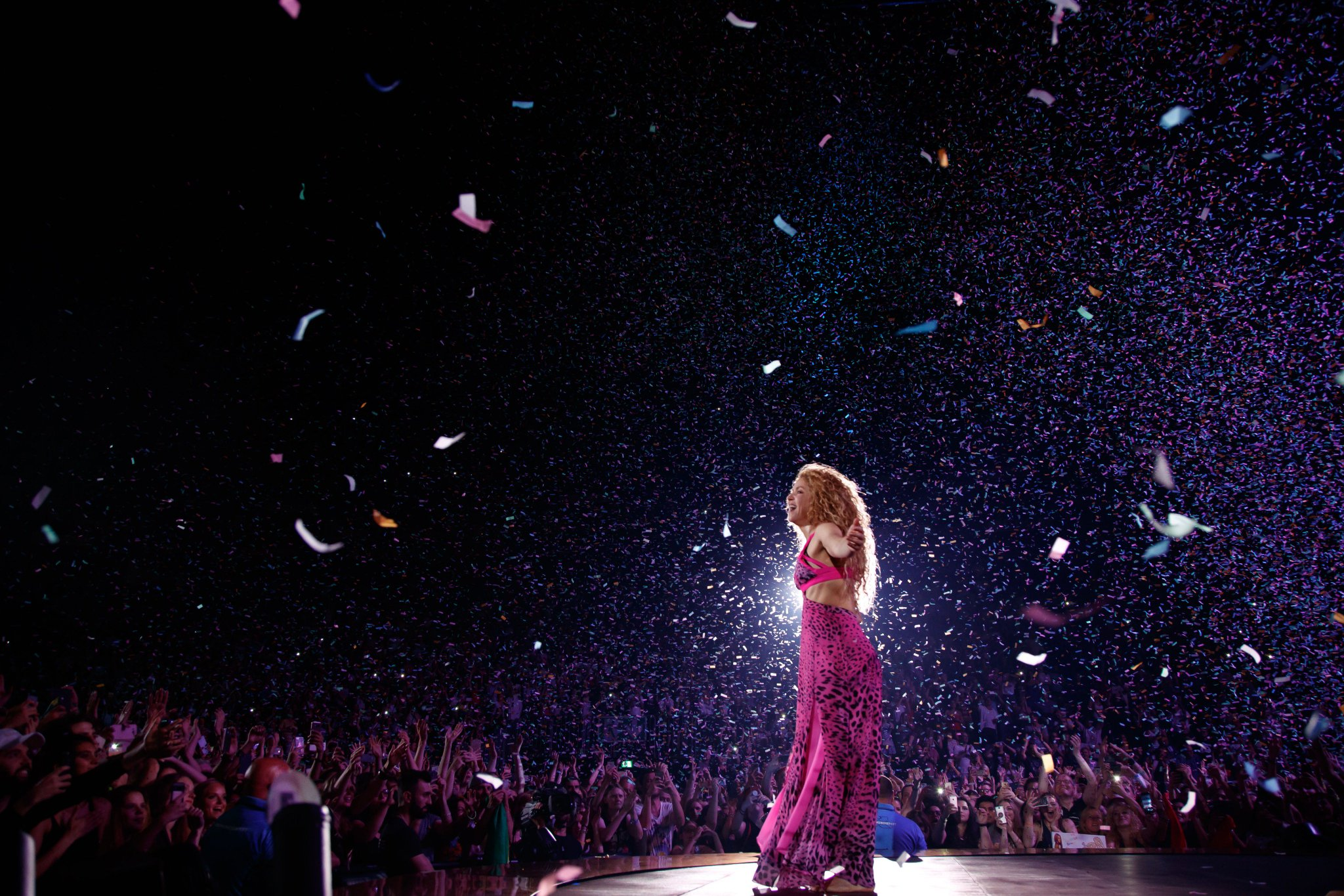 Moments from last night! Momentos de anoche en Colonia! Shak https://t.co/AOjXEpqVtk