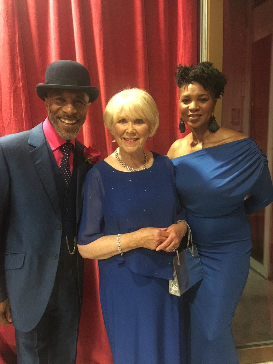 Check out our Wendy Craig looking extremely chic backstage at the 2018 @SoapAwards with Danny John Jules and his wife, where she presented the award for Best Actor!