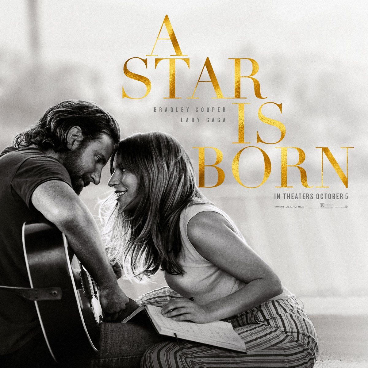 Lady Gaga, Bradley Cooper share romance in 'A Star is Born'