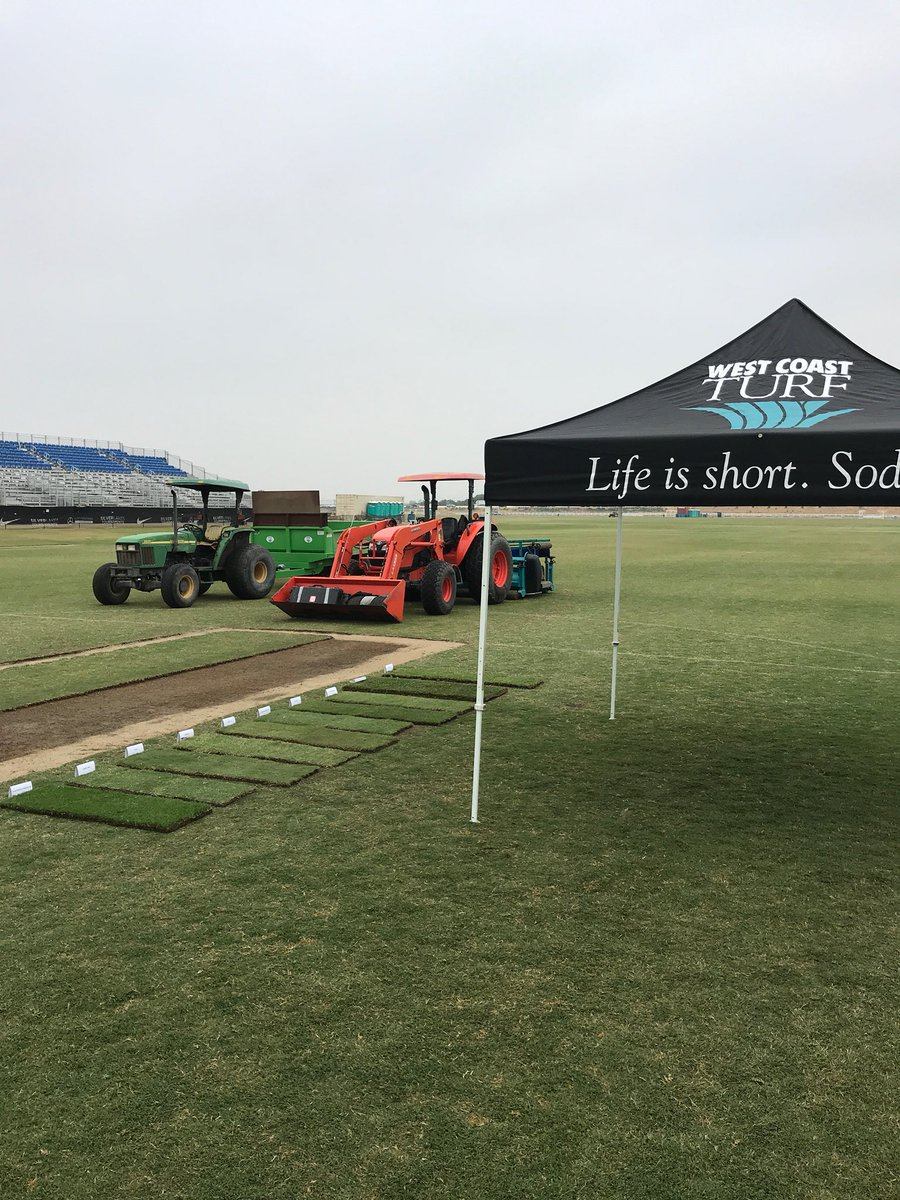 West Coast Turf On Twitter Justin Peloquin From Silverlakes Sports Park Hosting So Cal Stma Field Day And Doing A Koro Demo