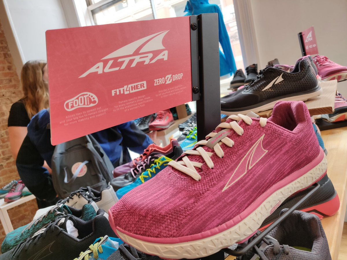 These @altrarunning sneakers were meant for #5Ks. #RedBank #NJ #JerseyShore  #5Krun #runner #runners #5kmrun #5km #runhappy #sneakers ...