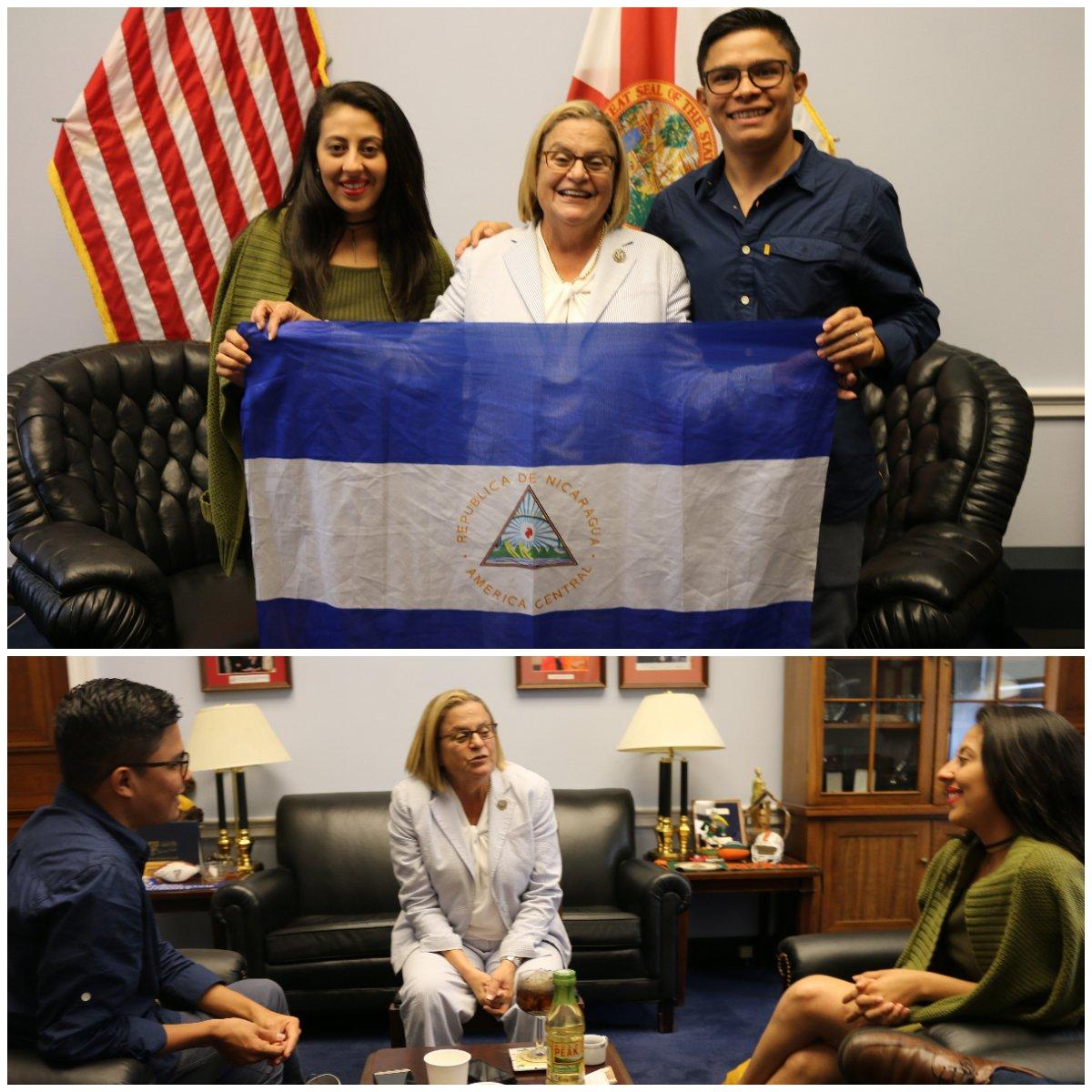 Muy inspirada en reunirme c Victor y Zayda, valientes líderes universitarios q anhelan una #Nicaragua #libre y #democrática. Estos estudiantes representan la voz de tantos jóvenes en protestar y denunciar la violencia del régimen de #Ortega. #EEUU los escucha y los vamos a apoyar
