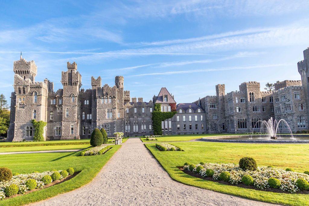 10 Best Castle Hotels In Ireland Under$200/Night followmeaway.com/best-castle-ho…