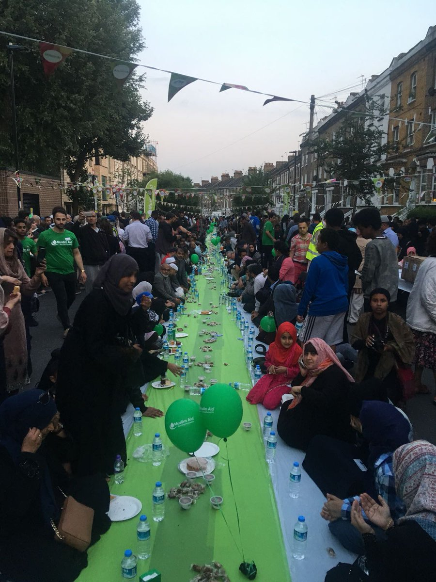 Wonderful to join Finsbury Park Mosque for this evening's Iftar.  Worshippers who have been fasting during Ramadan invite friends of all faiths and none to share a meal at sunset.  Tonight's gathering was huge, and I'm very proud to see my community celebrating its diversity.