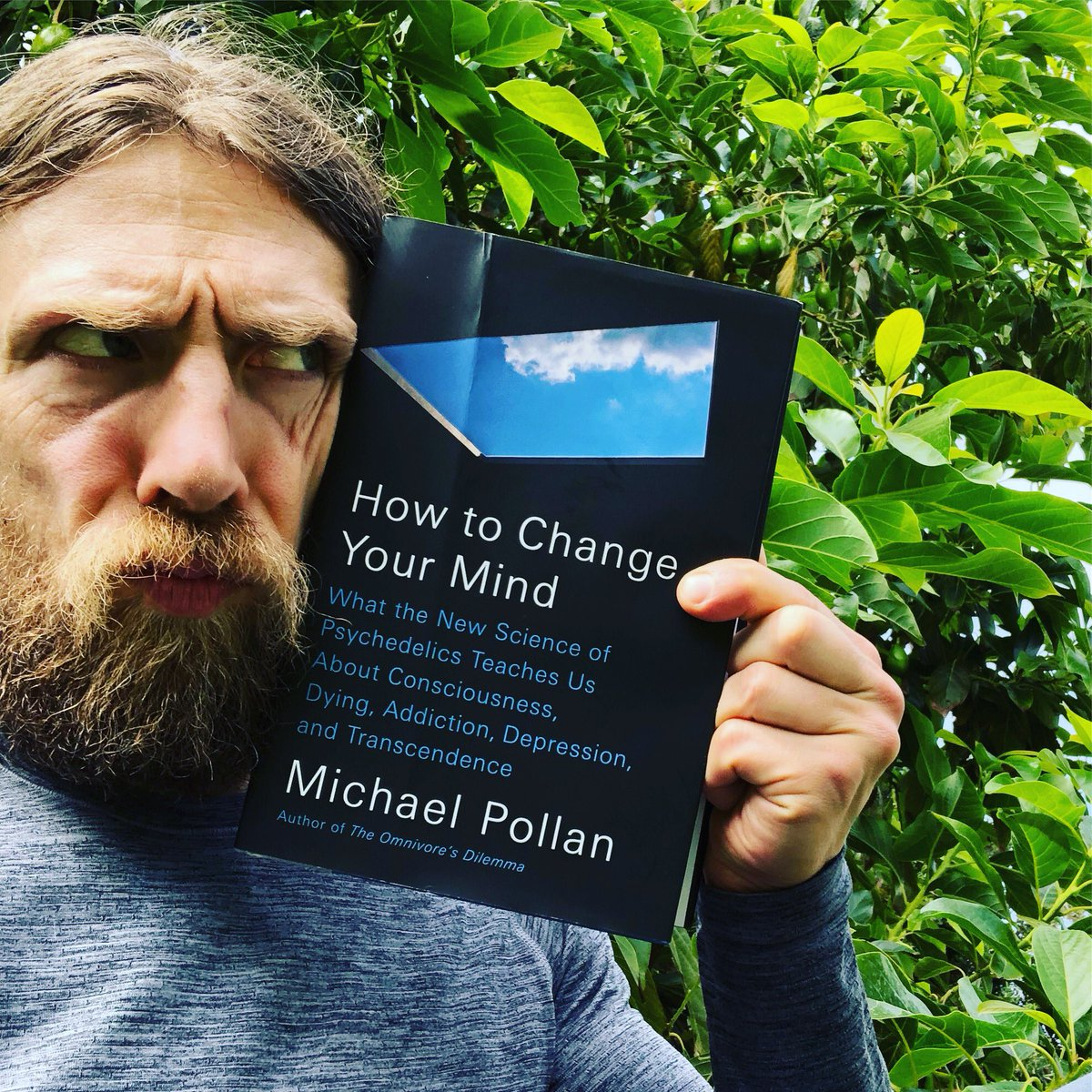 Currently reading: How to Change Your Mind by @michaelpollan