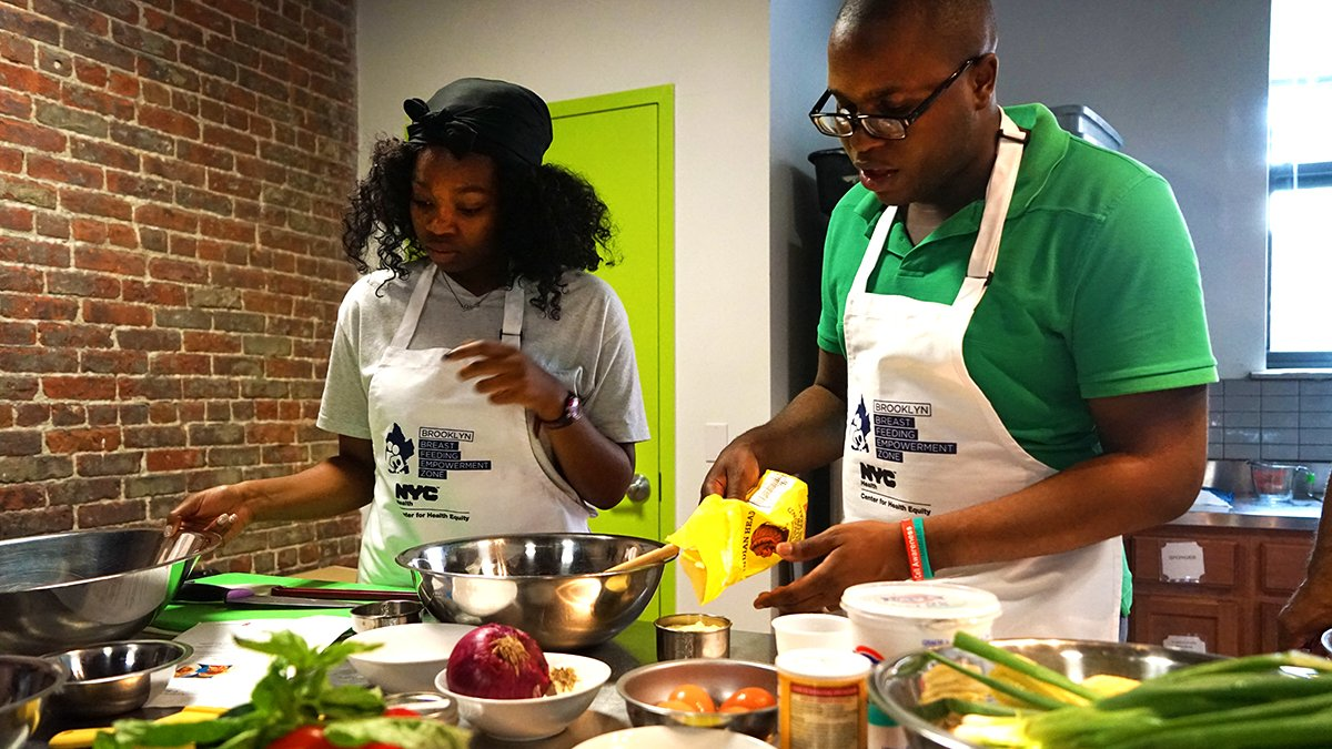 Looking to become a master chef? 👨🍳👩🍳🔪🥙 Register for the next Brooklyn Daddy Iron Chef class on Tuesday (6/12) in #BedStuy: https://t.co/PzMXoO49mh