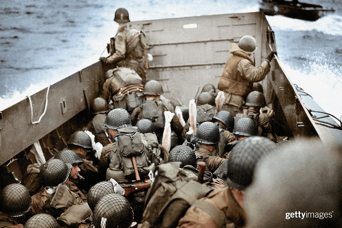 Rare color photos of #DDay https://t.co/ifxpCatOS5