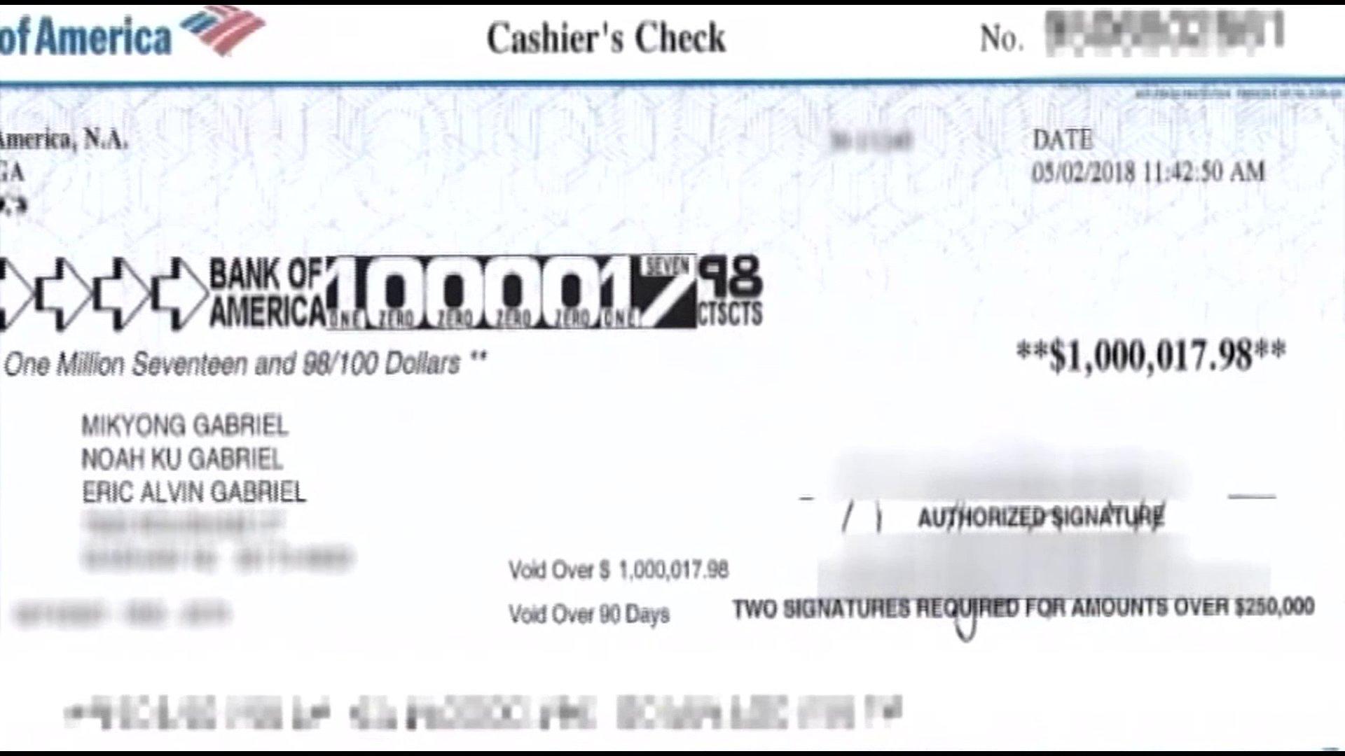 """KRON4 News على تويتر: """"Family returns Bank of America check mistakenly  written for $1 million. https://t.co/gdDiWptQYy… """""""