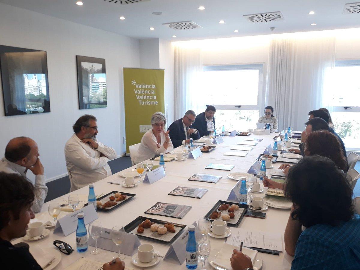 .@valenciaplaza i @valenciaturisme reuneixen a empresaris del turisme per a parlar de la necessària connexió pública-privada per a construir present i futur