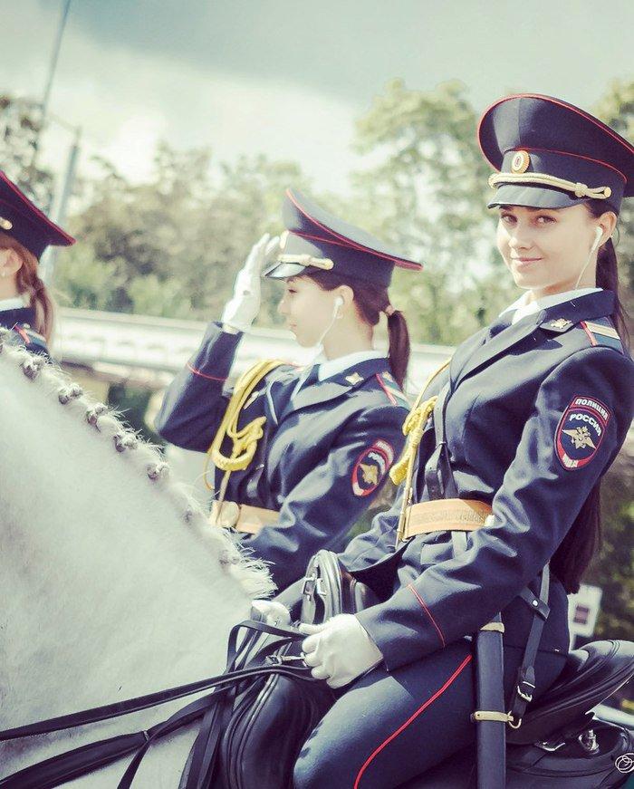ロシア騎馬警官