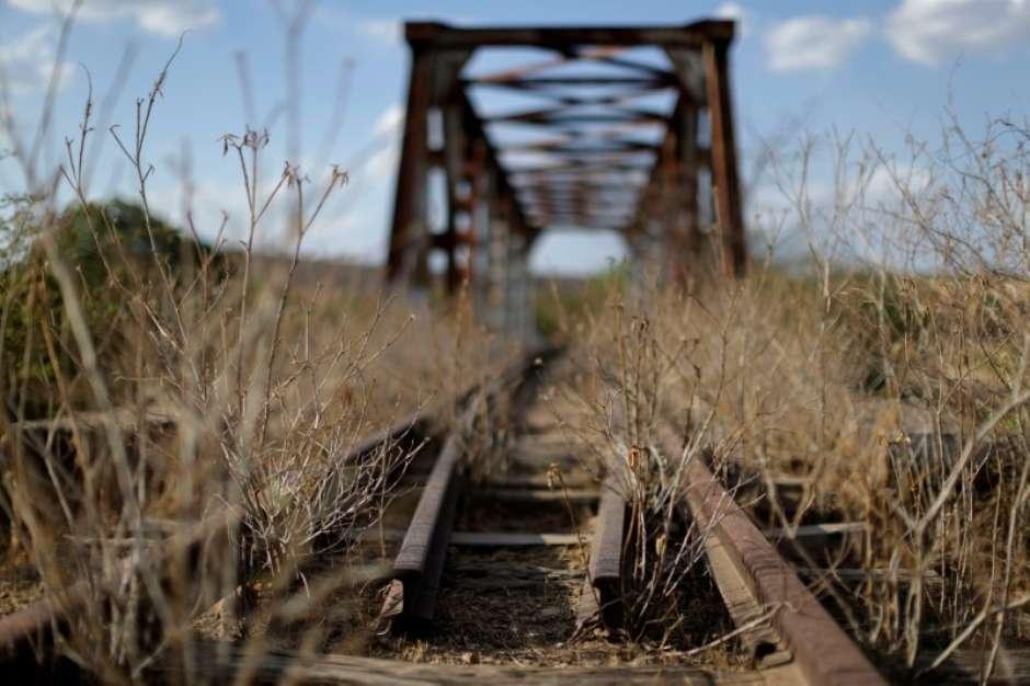 País não utiliza 53% da malha ferroviária existente, diz CNI https://t.co/vnwtrs0yNW #TerraNoticias #Infraestrutura