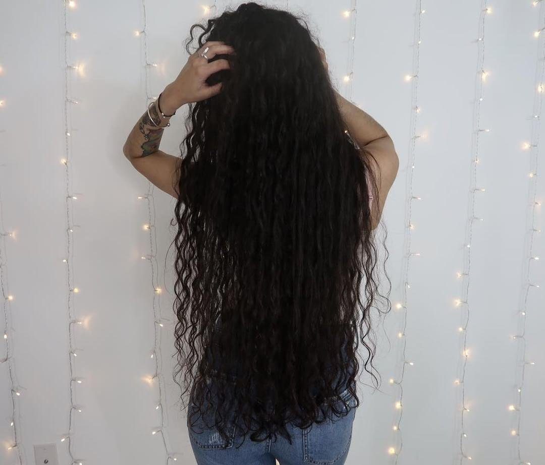 Relax and let your hair down! ➰➰ With #CoconutRestore, #curls will be healthy and frizz-free. Find our products & retailers here: https://buff.ly/2rMTTTP