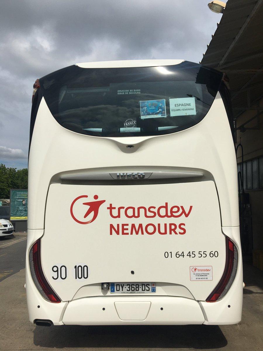 Location de minibus nemours