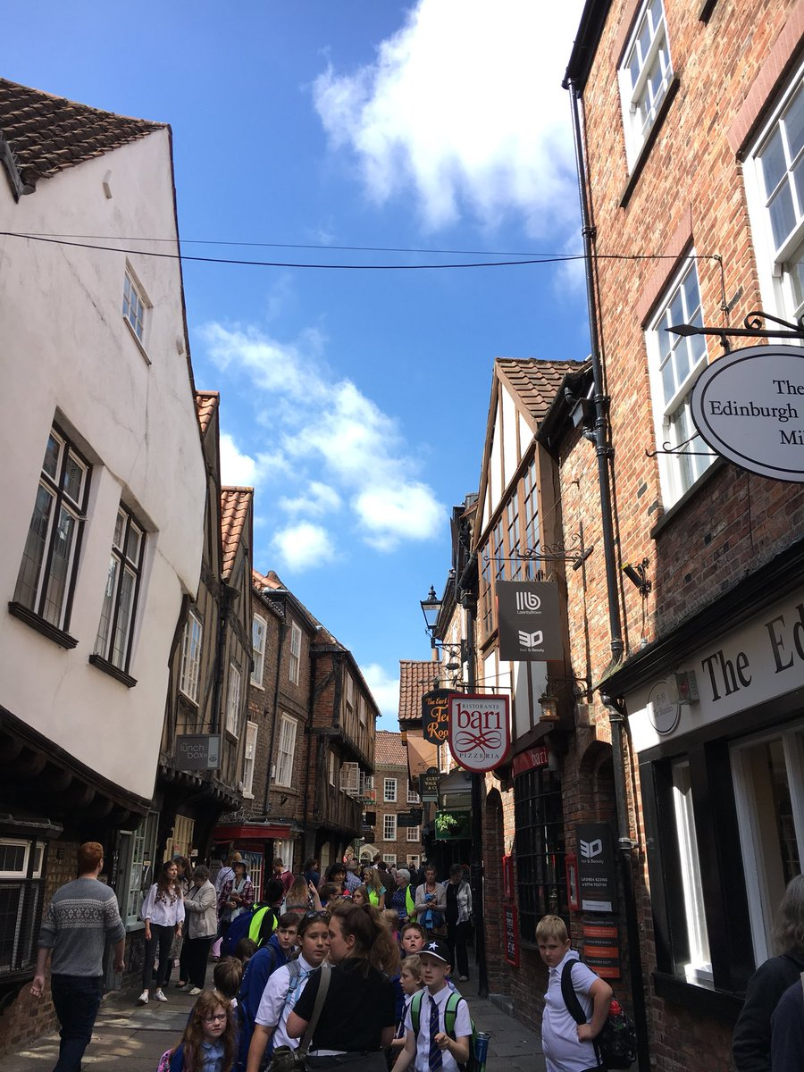 Year 3 enjoying their tour of Jorvik. We walked through the shambles to see the old buildings. Did you know it inspired Diagon Alley in Harry Potter? @jk_rowling we saw lots of HP shops too! #inspired #shambles