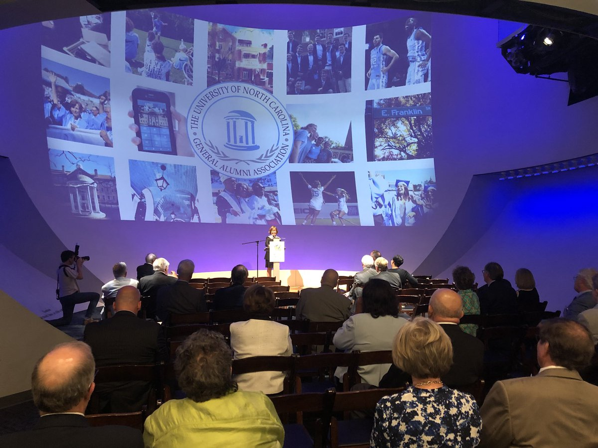 Wonderful to meet with N.C. legislators & staff members last night – thank you for your support and invested interest in @UNC's future. And thank you @UNCGAA for hosting the alumni reception at the museum of @naturalsciences. https://t.co/9rGujJb4AH