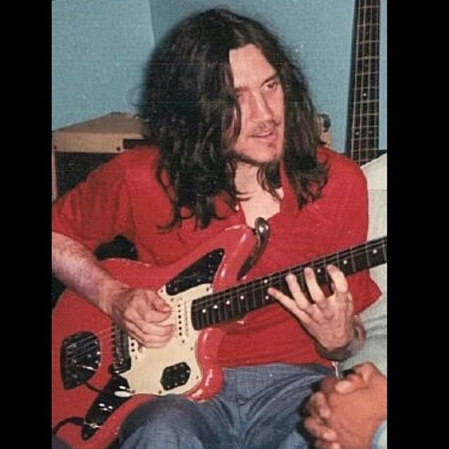 JohnFrusciante Fender Jaguar CustomColor FiestaRed GOTD Ifttt 2sDZlJK Pictwitter QXjDlwK3Kw