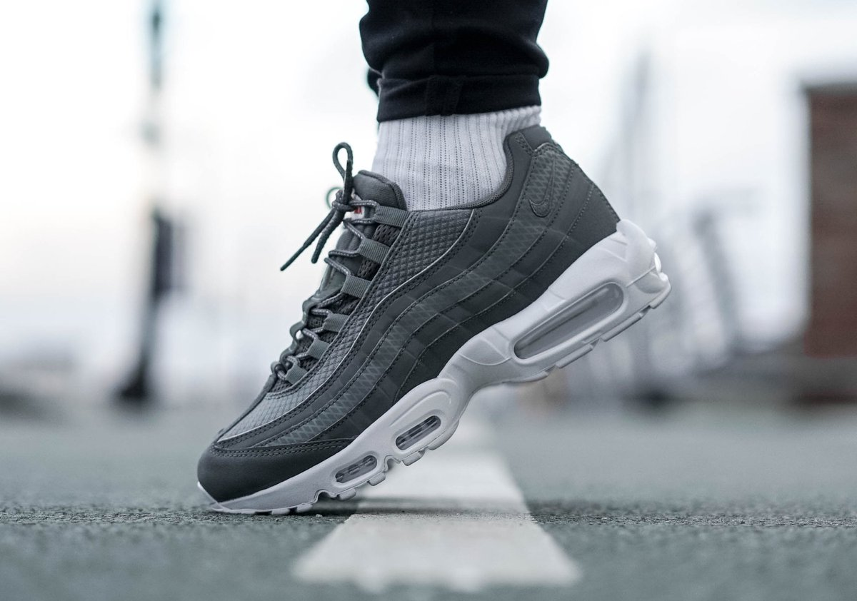 AIR MAX 95 PREMIUM SE RIVER ROCK