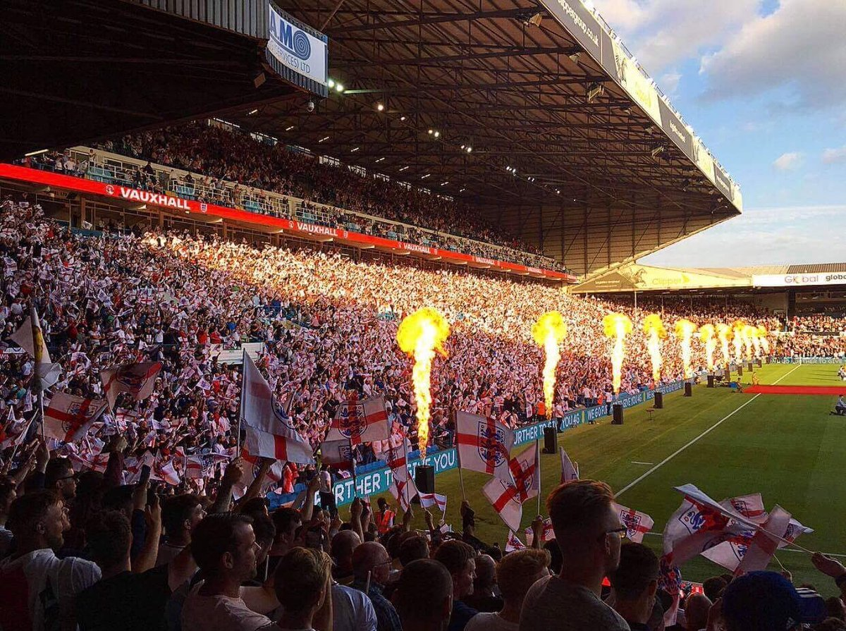 Such a surreal but great experience to be able to walk down the road to watch England play at Elland Road. The atmosphere before the game was amazing. Nice to hear lots of Leeds chants, and to see Delph do the salute to the Kop after the match #ThreeLions  #England #ENGCRC #LUFC<br>http://pic.twitter.com/EC0XxEklCk