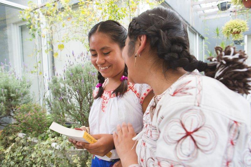 Avant 2020, le monde pourrait avoir 40 millions d'emplois vacants, mais pas assez de travailleurs formés pour les occuper. Demain, les leaders #G7 peuvent changer ça – en engageant 1,3 milliards de dollars pour l'éducation des filles.