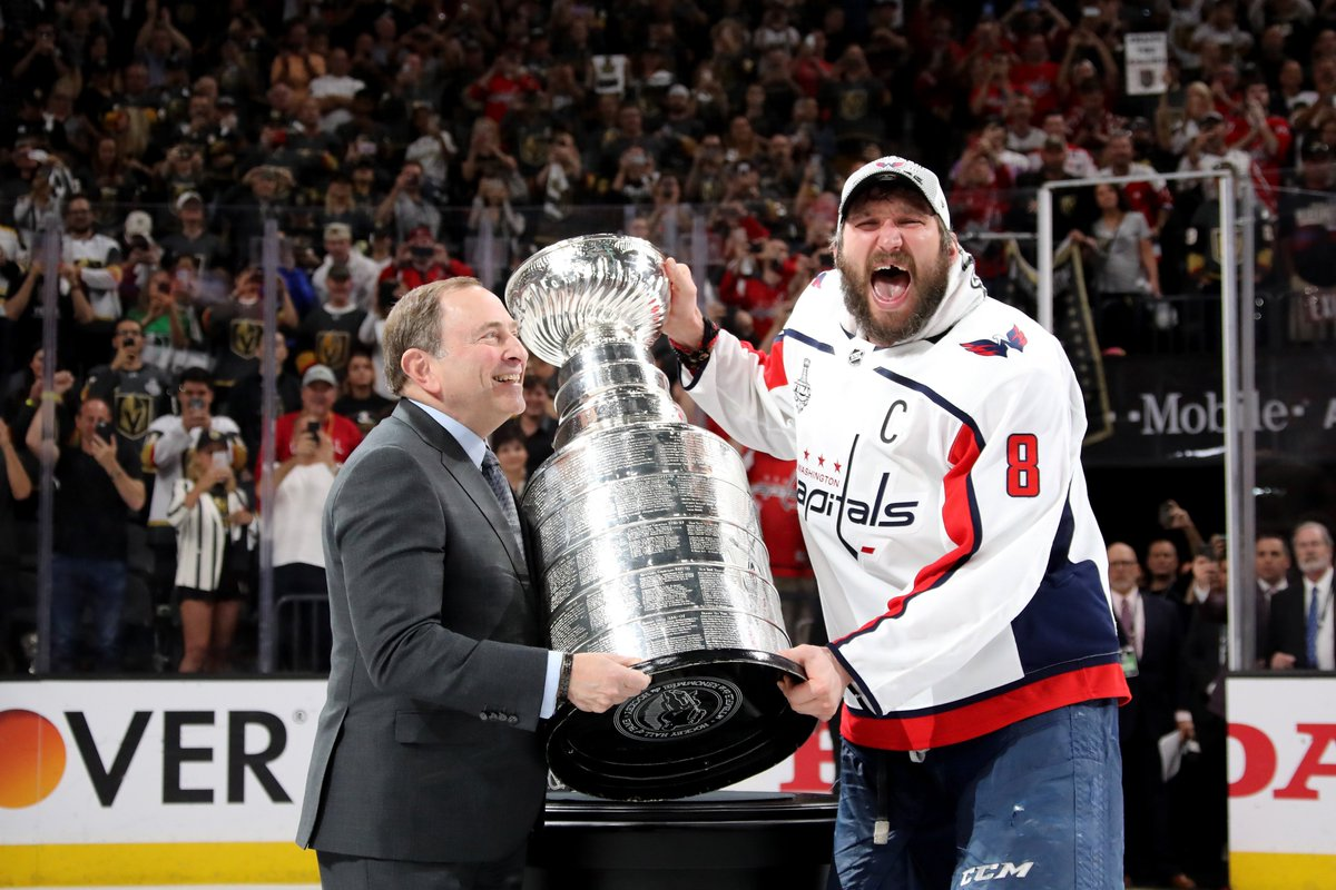 IS THIS REAL LIFE!? #ALLCAPS #StanleyCup