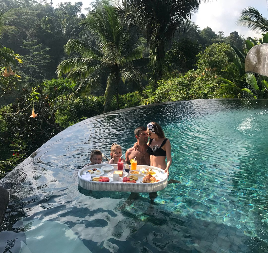 Padma Resort Ubud On Twitter Floating Breakfast For The Whole