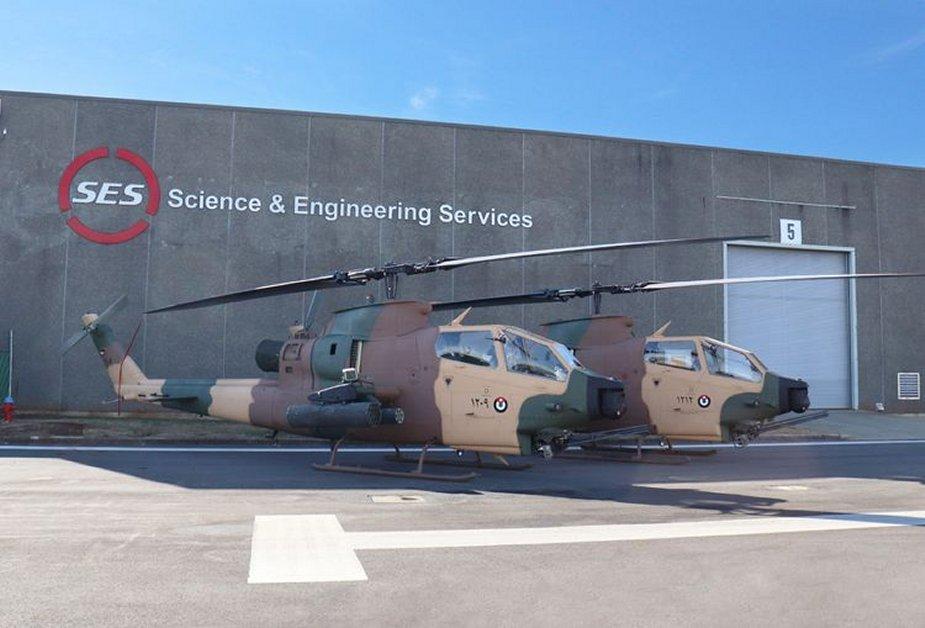 الاردن يتسلم اول وجبه من مروحيات Bell AH-1F Cobra المحدثه  DfJ5xi5W4AA_TfT