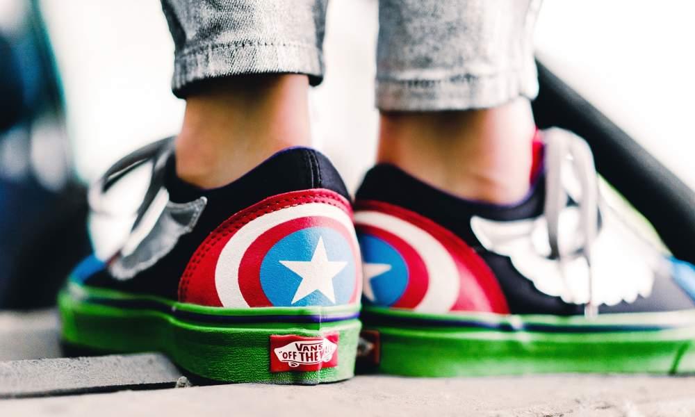 8685accd30e38a LIVE via TILLYS Vans x Marvel SK8-Hi  Deadpool     http   bit.ly 2JkhFBV Marvel  Avengers x Vans Old Skool    http   bit.ly 2M6Cij3 pic.twitter.com  ...