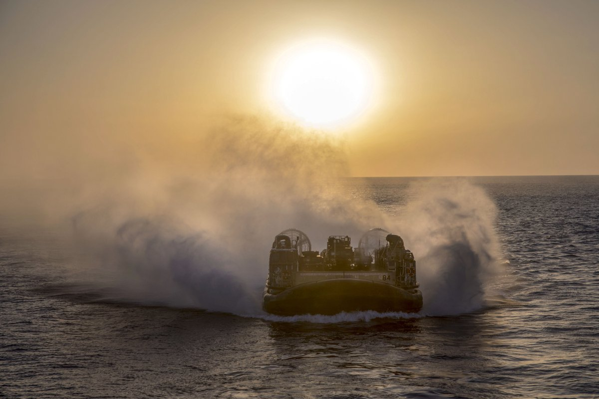 On the move!  A @USNavy air-cushioned landing craft prepares to enter #USSNewYork's well deck in the Mediterranean Sea in support of national security interests in #Europe and #Africa. #KnowYourMil
