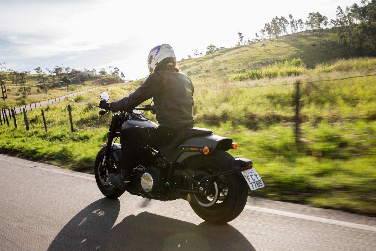 0c2aea3256 Harley-Davidson Fat Bob  primeiras impressões https   t.co